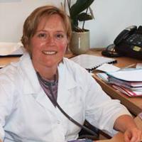 Dokter Stoens Natalie, gastro enterologe te Gavere